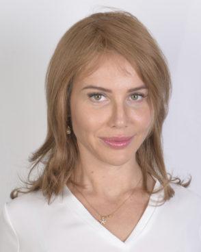 Парик из натуральных волос, модель; Svetlana, с моно вставкой, ручной работы «Jasmine collection»